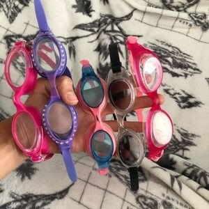 🤩Girls goggles- set of 5!